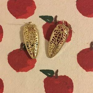 Beautiful Gold Kendra Scott Kendra Earrings!